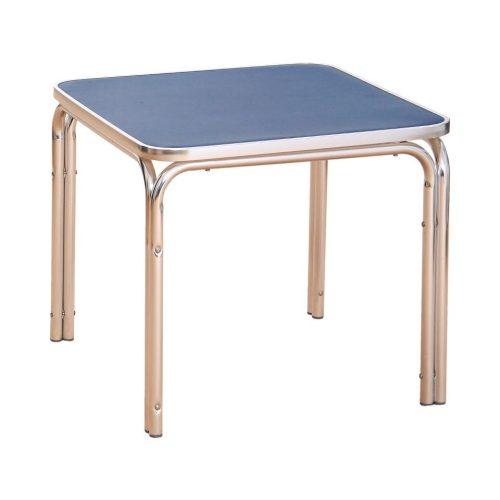 Játszó asztal