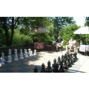 Capetan® Aveo | Kültéri óriás kerti sakk készlet (64-43 cm méretű időjárás álló műanyag bábúkkal)