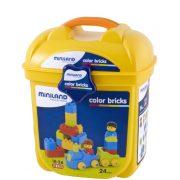 Első építőkockám építőjátékkészlet figurás elemekkel, 24 db-os készlet műanyag tárolóban, Miniland