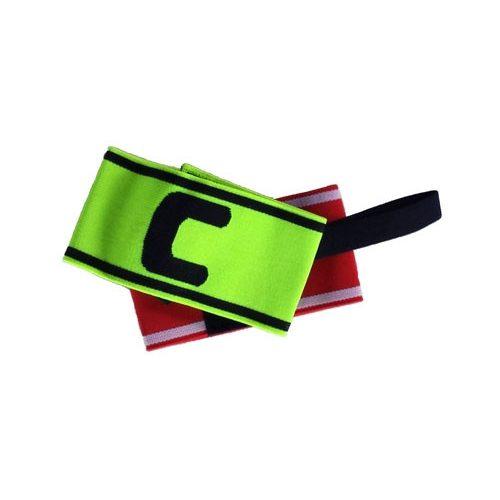 Csapatkapitányi karszalag (zöld színű,  C kapitány jelöléssel)
